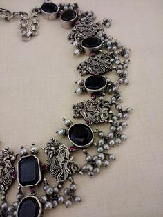 Antique Jewellery Designs, Fancy Jewellery, Silver Jewellery Indian, Gold Jewellery Design, Silver Jewelry, Ethnic Jewelry, Jewelry Design Earrings, Fashion Jewelry, Stylish Jewelry