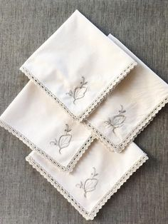 Your place to buy and sell all things handmade Cloth Dinner Napkins, Cotton Napkins, Linen Napkins, Napkins Set, Sewing Mitered Corners, Rustic Napkins, Vintage Table Linens, Crochet Lace Edging, Sewing For Beginners
