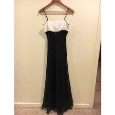 "Prom dress/wedding dress Black & white, 5""3 in length of the whole dress including straps Dresses Maxi"