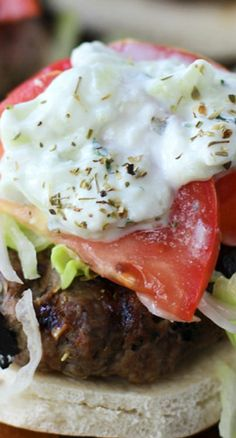 Gyro Burgers with Homemade Tzatziki and Seasoned French Fries Wrap Recipes, Side Dish Recipes, Homemade Tzatziki, Good Food, Yummy Food, Retro Recipes, Soup And Sandwich, Wrap Sandwiches, Burger Recipes