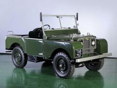 1950 Land Rover 81 Prototype with Rolls Royce B40 engine. Designed by Hudson.