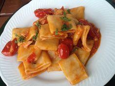 Learn Italian with me on skype. My classes are about Italian Language, Culture and Lifestyle. Pasta Soup, Pasta Dishes, Granny's Recipe, Learning Italian, Rigatoni, Calamari, Italian Recipes, Cantaloupe, Seafood