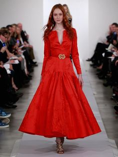 #OSCAR DE LA RENTA PRE-FALL 2013 COLLECTION  this is very similar to the 80's style dress I own