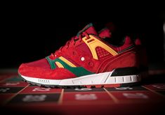 The Just Blaze x Packer Shoes x Saucony Grid SD