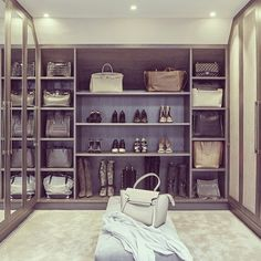 Love this dressing room by sophie paterson interiors