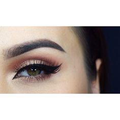 @miaumauve - Neutrals are my favourite  @makeupgeekcosmetics Cupcake eyeshadow, @anastasiabeverlyhills Amber eyeshadow, @sigmabeauty gel liner in Wicked, @esqido lashes in Voila Lash