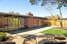 "There are Eichlers in Oakland? Yes- in a small subdivision called Sequoyah Hills built in 1965 and sometimes referred to as the ""Lost Eichlers of Oakland Hills"". This one's in especially fine shape..."
