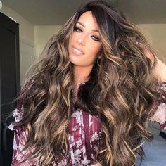 Look authentic, beautiful, and unique! Be your best version of yourself by finding the most popular hairstyle at hairsisters. Short Lace Front Wigs, Short Curly Wigs, Long Wigs, Long Curly, Medium Hair Cuts, Medium Hair Styles, Long Hair Styles, New Long Hairstyles, Wig Hairstyles