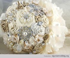 I5 Stunning Brooch Bridal Bouquet We Love | Nigerian Wedding