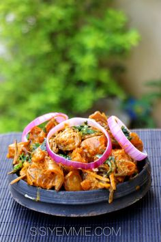 Nigerian Food Recipes online: How To Make Nkwobi And Ugba Nigerian Soup Recipe, All Nigerian Recipes, Nigeria Food, West African Food, Food Journal, My Favorite Food, Food Inspiration, Love Food, Soup Recipes