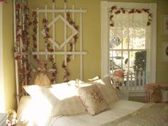 Decorating Ideas for a Romantic Cottage Style Bedroom                                    Are you looking for ideas to decorate your bedroom into a Romantic Cottage style? This