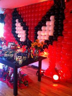 Super Heroes Birthday Party Ideas | Photo 23 of 28 | Catch My Party. I love this, but we'll need to do Wolverine :)