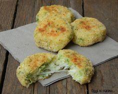 Polpette di broccoli e patate http://blog.giallozafferano.it/oggisicucina/polpette-di-broccoli-e-patate/