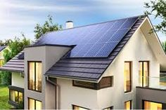 Solar panels on the roof of the modern house. Solar Panel System, Solar Energy System, Solar Power, Installation Solaire, Solar Panel Installation, Off Grid, Used Solar Panels, Solar Panels For Home, Solar Water Heater