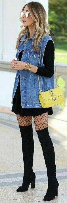 Fishnets look great paired with a thigh high boots outfit like this one! 59 Outstanding Outfits Every Girl Should Try – Fishnets look great paired with a thigh high boots outfit like this one! Look Street Style, Street Style Trends, Street Styles, Fashion 2017, Fashion Outfits, Womens Fashion, Dress Fashion, 2017 Fashion Trends Outfit, Fashion Clothes