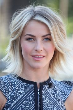 Most Superlative Medium Bob Hairstyles for Fabulous Look. Bob hairstyles have been in style for a long time. Haircuts For Fine Hair, Daily Hairstyles, Cute Hairstyles For Short Hair, Celebrity Hairstyles, Bob Hairstyles, Layered Hairstyles, Bob Haircuts, School Hairstyles, Wedding Hairstyles