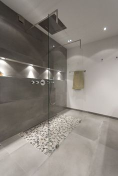 44 New Ideas for bathroom modern spa lighting Bathroom Design Luxury, Modern Bathroom, Small Bathroom, Master Bathroom, Minimal Bathroom, Bathroom Showers, Bath Design, Bad Inspiration, Bathroom Inspiration