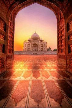 Eternal Glow (Panoramic Reprise) Taj Mahal at sunrise Agra India. Indian Architecture, Beautiful Architecture, Taj Mahal, Agra, The Places Youll Go, Places To Go, Wonderful Places, Beautiful Places, Amazing India