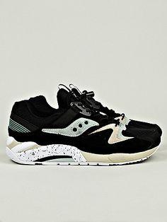 Saucony x Sneaker Freaker Bushwhacker Grid 9000