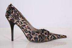 Gorgeous Leopard print pointy shoes