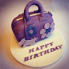 Handbag cake Amy Craig Cakes Handbag Cakes, Just Cakes, Oreos, Themed Cakes, Yummy Cakes, Amazing Cakes, Cake Pops, Cake Ideas, Amy
