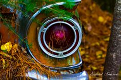 retro car light by Gabriel Harnois on
