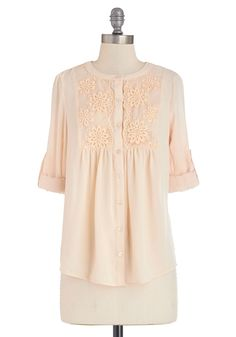 Iced Vanilla Chai Top. As the weather warms, you find yourself reaching to this breezy cream top for morning trips to the cafe. #cream #modcloth