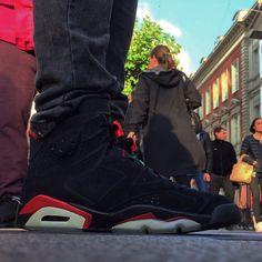 "Air Jordan 6 ""Varsity Red"""