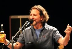 Bring the Noise: Eddie Vedder, Nov. 1, The Pearl   Las Vegas CityLife - great review of an amazing night.