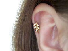 Leaf Piercing/Tragus Earring/Cartilage earring/Tragus Piercing/CZ piercing/Helix Earring/conch earring/CZ stud piercing/Leaf Earrings