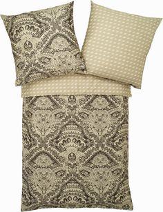 """Schicke Bettwäsche """"Monkey Palace"""" der Marke Zucchi. Verschönern Sie Ihr Schlafzimmer im Handumdrehen - mit dieser Wendebettwäsche ist nichts leichter als das. Das Design der Vorderseite besticht durch ein opulentes Muster mit kleinen Äffchen, die sich im Ornamente-Dschungel verstecken, die Wendeseite kann sich mit einem farblich passenden Rautenmuster sehen lassen. Wenn Sie genauer hinschauen,..."""