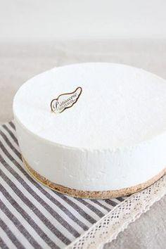 レアチーズケーキ | お菓子・パンのレシピや作り方【corecle*コレクル】