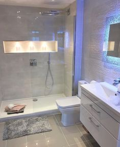 40 inspiring basement bathroom remodel ideas on a budget and for small space 21 Bathroom Design Luxury, Bathroom Layout, Modern Bathroom Design, Apartment Bathroom Design, Modern Bathrooms, Bathroom Shower Designs, Ideas For Small Bathrooms, Basement Bathroom Ideas, Bathroom With Shower And Bath