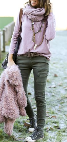 summer outfits Pink Knit + Khaki Skinny Pants