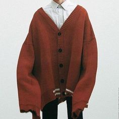 Oversized cardigan like this would be nice with buttons! Raf Simons via (maggieontherocks) Cute Fashion, Look Fashion, Korean Fashion, Fashion Design, Fashion Details, Korean Outfits, Mode Outfits, Fashion Outfits, Raf Simons