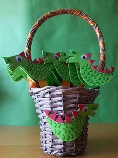 Origami Bookmark Diy Kids Ideas For 2019 Origami Owl Display, Origami Bird, Useful Origami, Origami Easy, Owl Party Games, Bookmarks Diy Kids, Diy Crafts New, Diy For Kids, Crafts For Kids