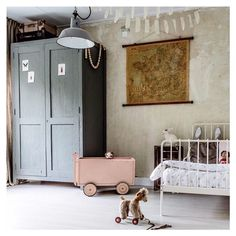 Kids room with vintage touch