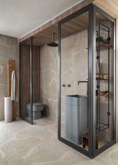 What do you think about this House? The Casa Menir is designed by for Casa Cor in - Bathroom Spa, Bathroom Toilets, Small Bathroom, Bathroom Ideas, Bad Inspiration, Bathroom Inspiration, Scandinavian Style Home, Loft Interior Design, Green Bedroom Design