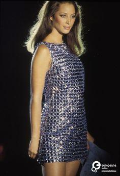 Christy Turlington - Atelier Versace, Autumn-Winter 1994, Couture