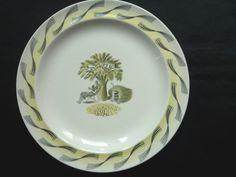 Wedgwood Eric Ravilious 'Garden' Plate  by mayavenuedotcodotuk