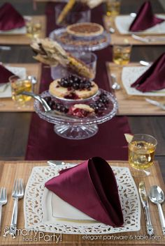 Beautiful Gracela Thanksgiving Place Setting | SmartyHadAParty.com