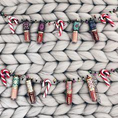 """Polubienia: 330, komentarze: 33 – Jagoda (@blueberry.place) na Instagramie: """"My idea of 'perfect Christmas decorations' 😄🙌🏻🎄candy canes 🍥with @tartecosmetics mini💄😉 Lubicie…"""""""