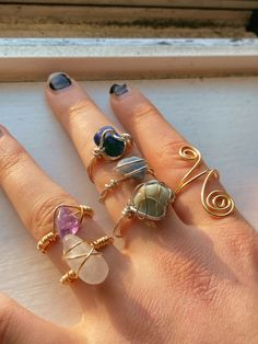 Wire Jewelry Rings, Wire Jewelry Designs, Handmade Wire Jewelry, Funky Jewelry, Hippie Jewelry, Cute Jewelry, Crystal Jewelry, Beaded Jewelry, Jewelry Accessories