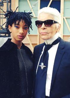 Em: 08/03/2016 -- terça. | A cantora e filha de Will Smith, Willow Smith, foi escolhida pelo próprio Karl Lagerfeld para ser a nova embaixadora da Chanel. A informação foi divulgada nesta terça-feira (8) pela assessoria de imprensa da grife francesa.