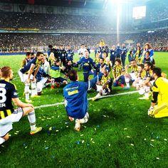 Şampiyon Fenerbahçe! pic.twitter.com/MPFwQzn4Et