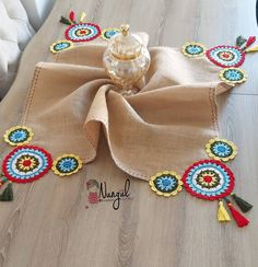 Selammm mutlu haftanlar 😊😊 Hava çok kapalı hiç benim havam değil modum çok düşük enerji sıfır üretemiyen bir ben 😁😁 Knitting For BeginnersKnitting HatCrochet PatternsCrochet Ideas Crochet Fabric, Crochet Motifs, Crochet Home, Crochet Gifts, Crochet Doilies, Crochet Flowers, Crochet Stitches, Crochet Patterns, Crochet Table Runner