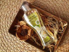 Mustika Ratu Air Sari Mawar Putih : For a Cheaper Sort of La Vie en Rose