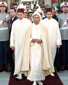 Le Roi Hassan 2, Royal Prince, Morocco, King, Popular, How To Make, Dresses, Fashion, Moroccan Caftan