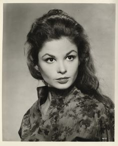 Picture of Susan Harrison Old Hollywood Actresses, Actors & Actresses, Golden Age Of Hollywood, Classic Hollywood, Somewhere In Time, Classic Beauty, Mona Lisa, The Past, Celebrities