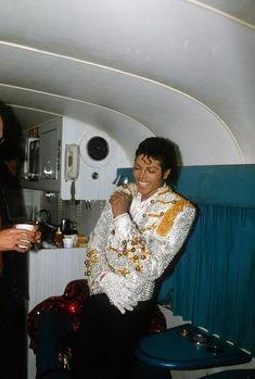 """New"" rare photos of Michael Jackson II - Page 16"